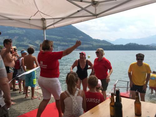 Tourismus Merlischachen Empfang von Rekordschwimmerin Dorly